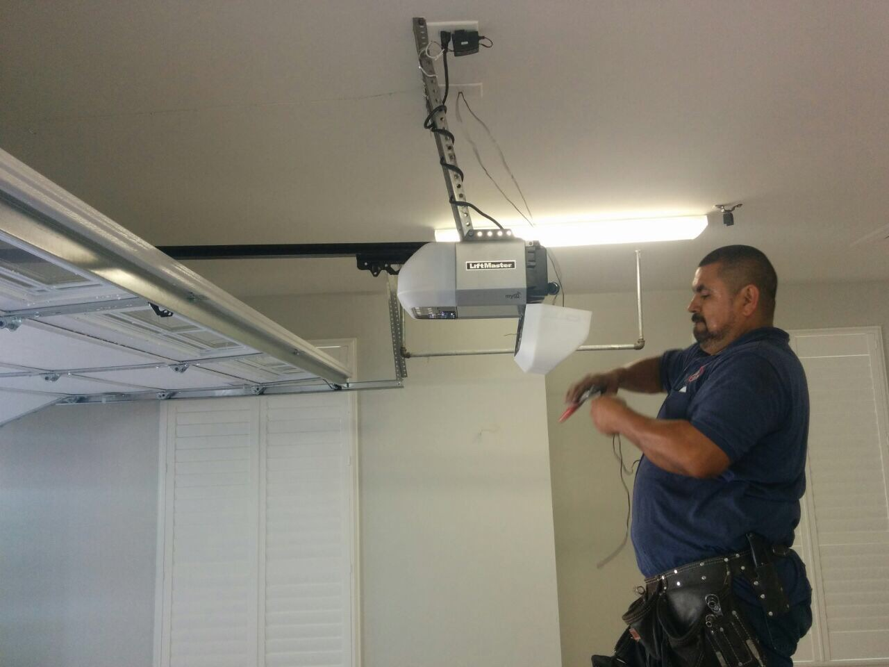 Liftmaster Garage Door Openers 24/7 Services